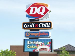 Mississauga Lighted Signs 0092 Dairy Queen Bendsen Sign Graphics W 19mm 80x176 Bloomington IL 101718 1 300x225